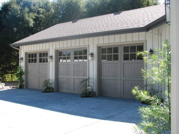 Custom residential garage doors custom garage doors for Concord garage door