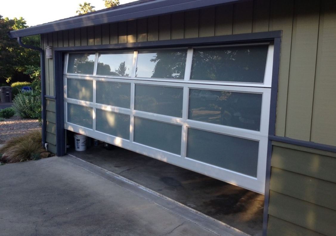 Modern Contemporary Garage Door Design And Installation